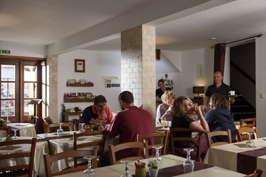 Hotel_du_moulin_de_la_brevette-Pont de vaux petit déjeuner
