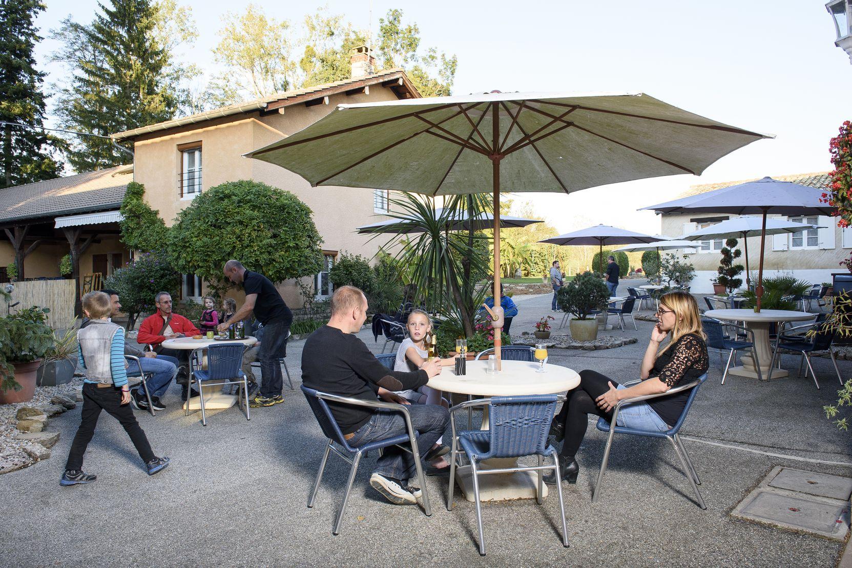 Hotel_du_moulin_de_la_brevette-Pont-de-vaux-01