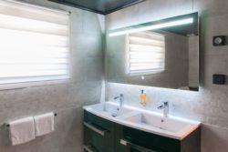 Salle de bain hotel du moulin de la brevette